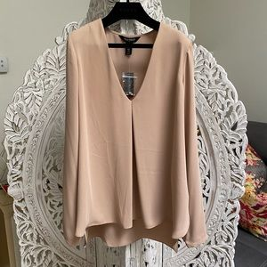 NWT⭐️ Black House White Market Beige Blouse
